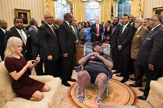 19702346_10211221288822543_1881892539401587158_n chris christie's beach day in hilarious memes daily candid news