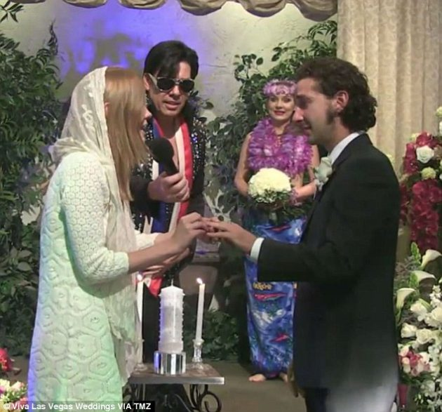 3949f30700000578-3831340-shia_labeouf_married_his_long_term_girlfriend_mia_goth_in_las_ve-m-19_1476129757057