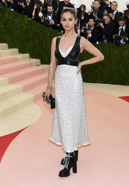 "Selena Gomez attends the ""Manus x Machina: Fashion In An Age Of Technology"" Costume Institute Gala at Metropolitan Museum of Art ."