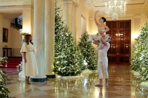 See Melania Trump 39 S Tasteless White House Holiday