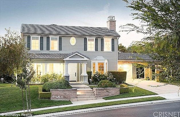 Rob's house in Calabasas that his Mom bought for him.