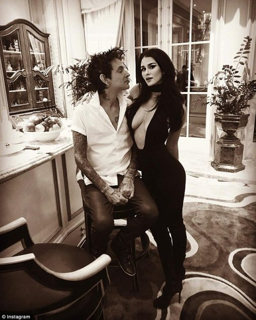 Fourth Time Is The Charm Tommy Lee Engaged Daily